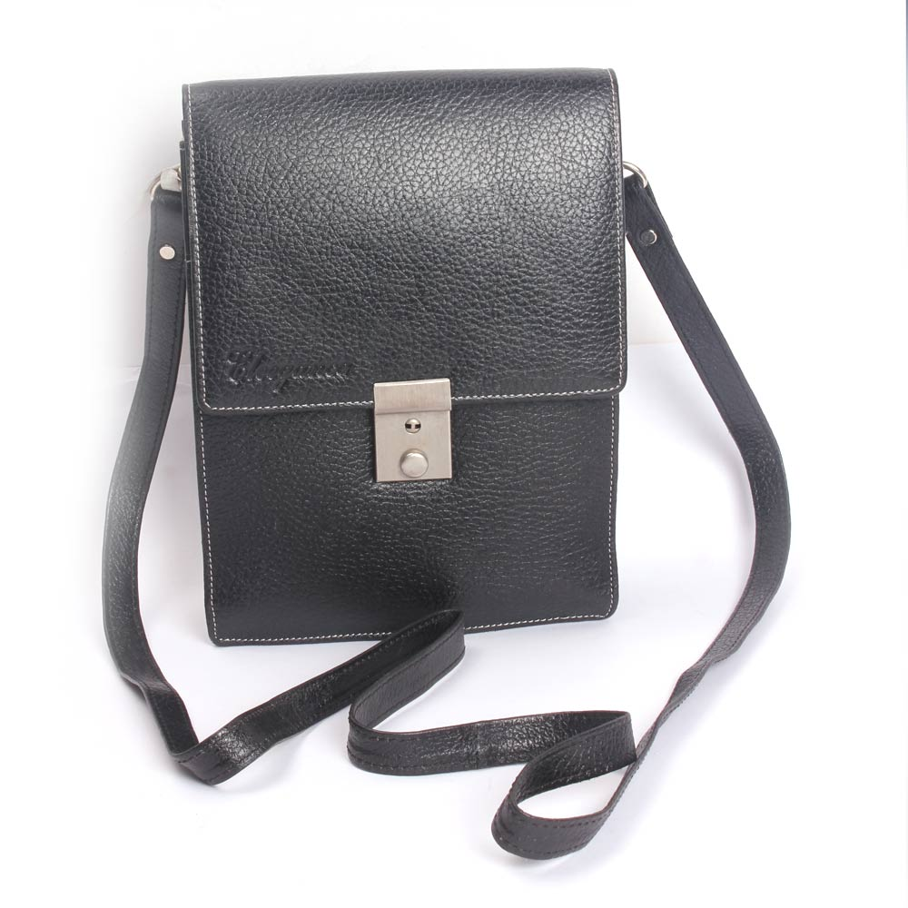 Fashionable Black Sling Bag (KhoobSurati)