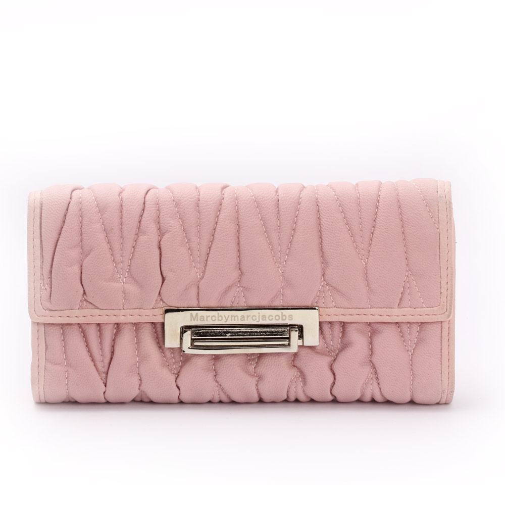 Aristocratic Leather Clutch (Light Pink)