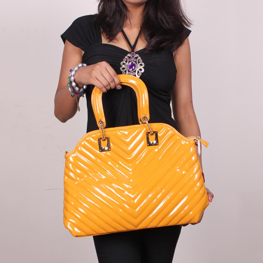 Eleegance Glamorous and Elegant Yellow Handbag