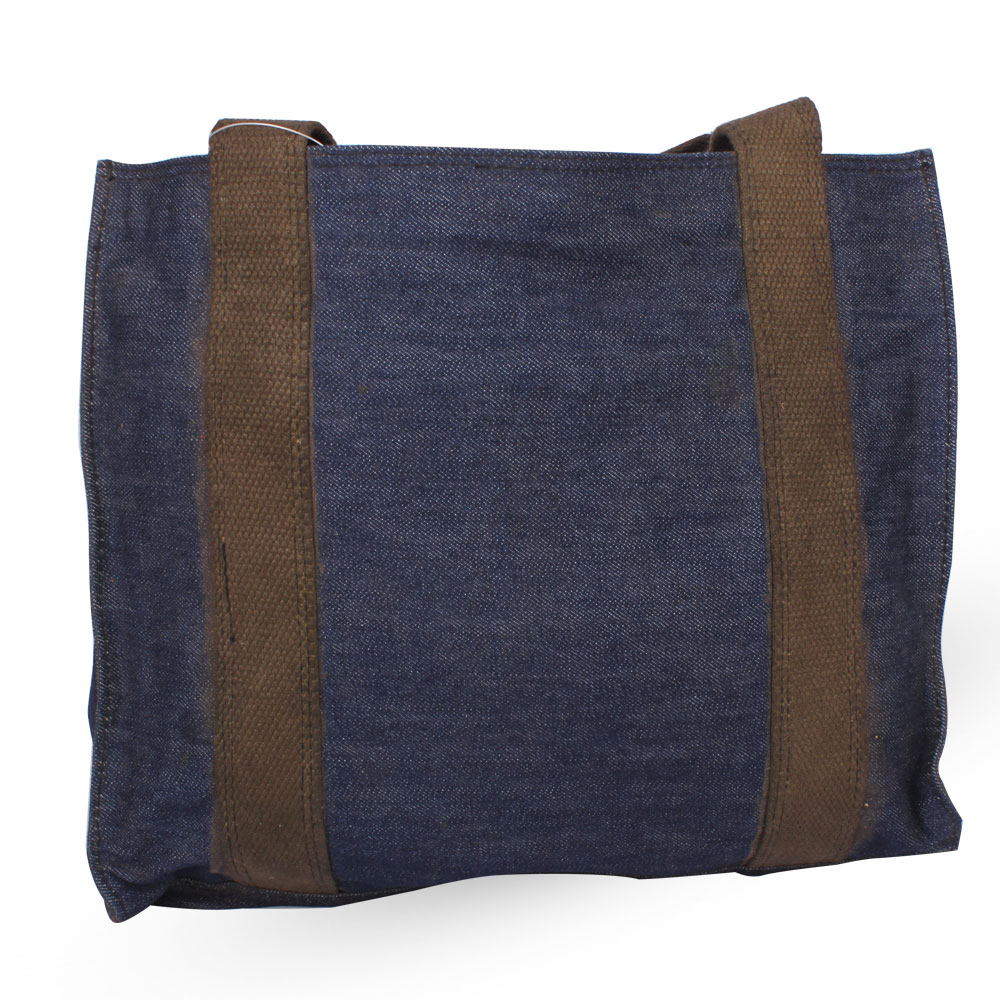 Leo Eye Catchy Men Women Navy Blue Sling Bag