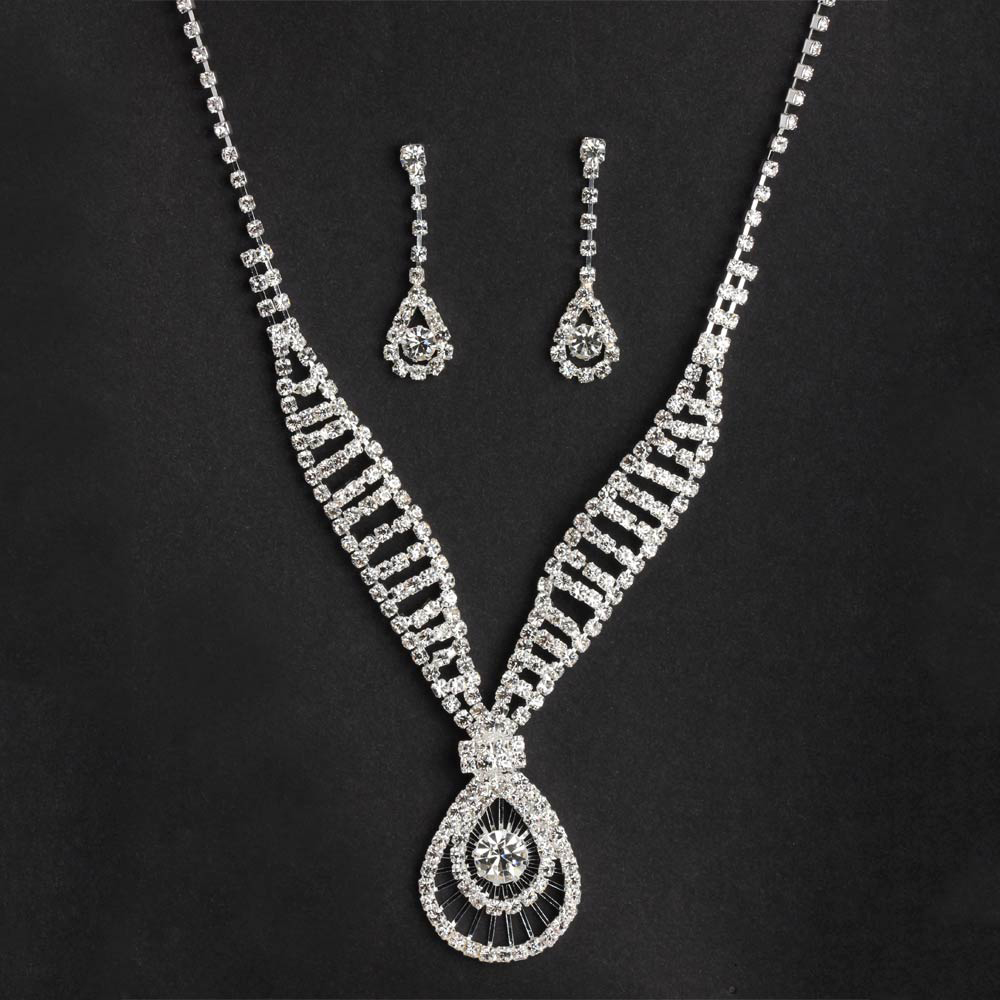 Diamond necklace set with an Olive shaped crystal fitted pendant at the bottom