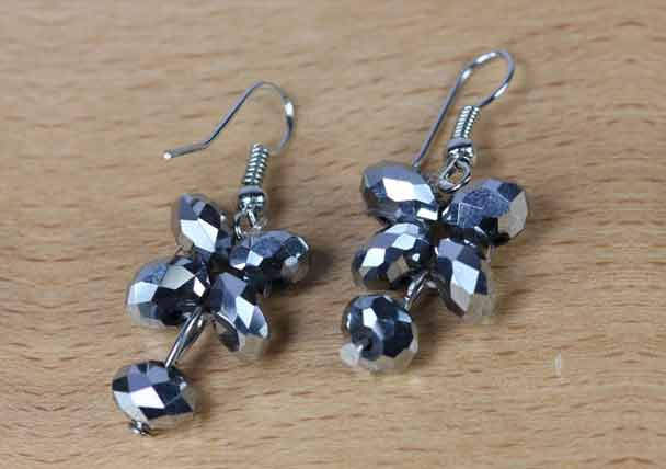 Zovon Crystal Glass Flower Ear Droppings Silver